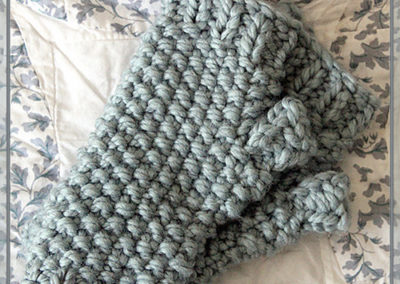 superbulkyseedstitchgauntlets_medium